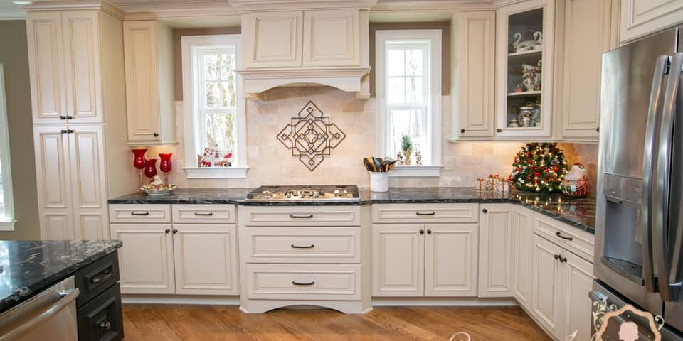 2020 Kitchen Cabinet Trends, Are White Kitchen Cabinets Still In Style 2020