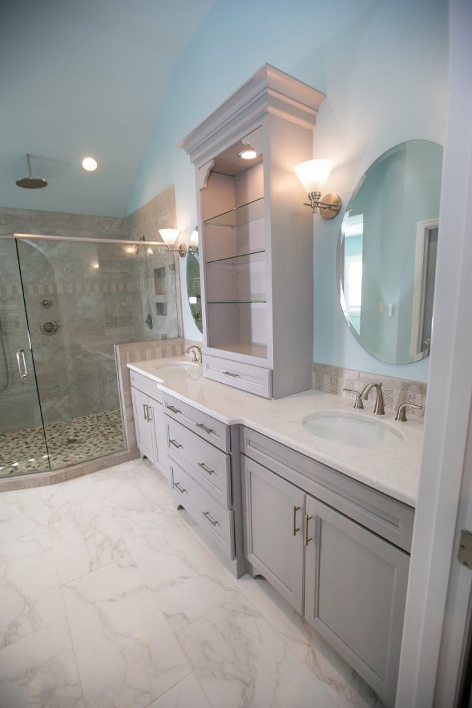 Choosing a Vanity for Your Bathroom Remodel