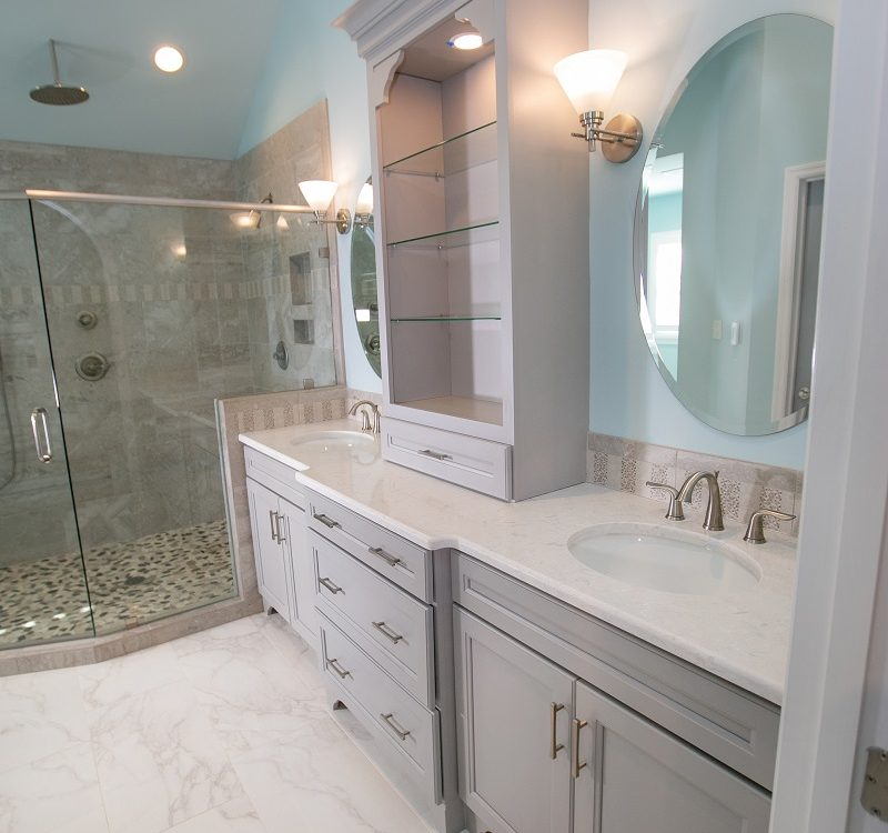 Choosing a Vanity for Your Bathroom Remodel